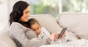 Woman and her child using a tablet to make an online urgent care doctor appointment with Doctor Online Oklahoma